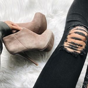 STEVE MADDEN | heeled booties